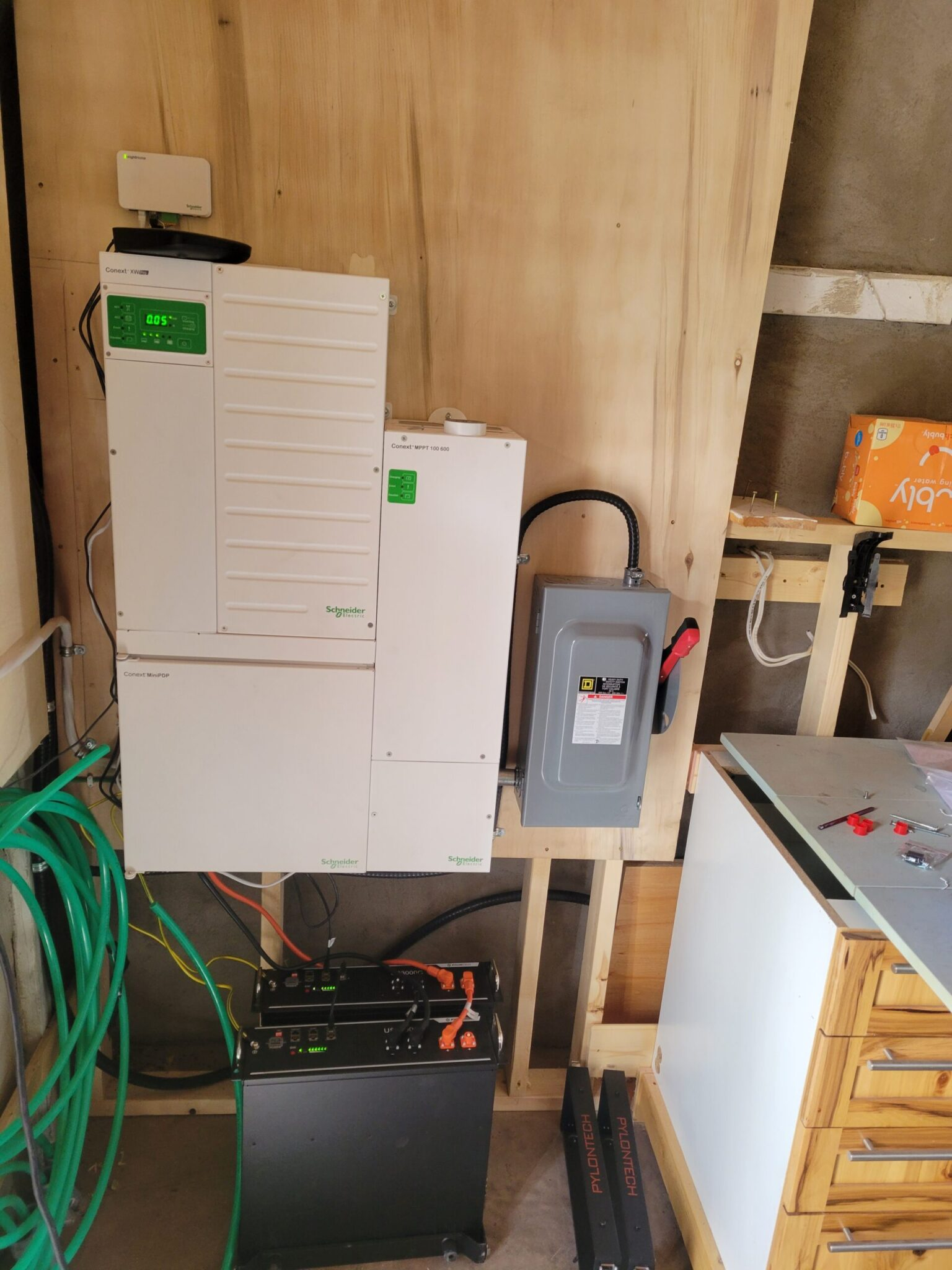 Inverter/Charger c/w lithium battery bank